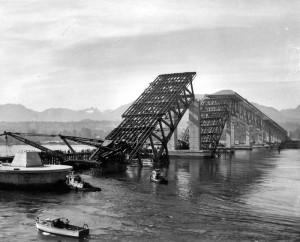 2nd Narrows Bridge Collapse 1958. NVMA 10076