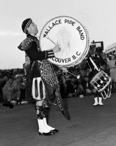 Wallace Pipe Band 1943.NVMA 27-1159