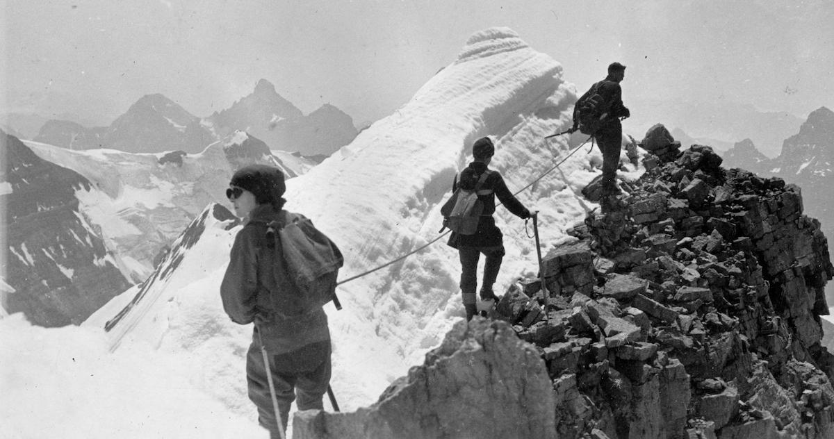 Climbing party near Mt. Victoria, 1920. Photo: NVMA 222-A3-60-2