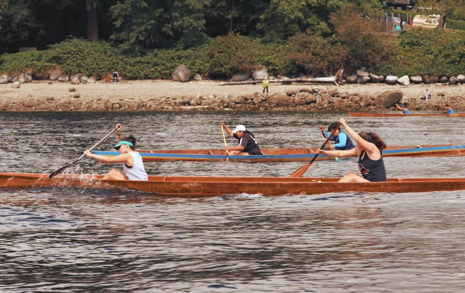 Front Jade George, back Meghan Ormandy. Racing for third at Cates Park. 2017. Photo: Whey-ah-Wichen boat