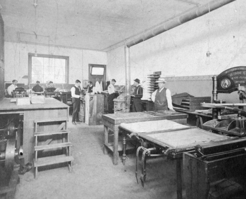 North Vancouver Express office, 1906. Photo: NVMA 357