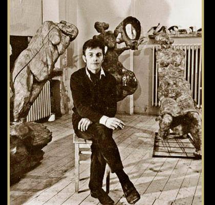Ryszard Wojciechowski in studio, undated. Photo: Belweder North Shore Polish Association